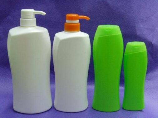 Etichettatrice adesiva per bottiglie rotonde ad alta velocità per contenitori irregolari