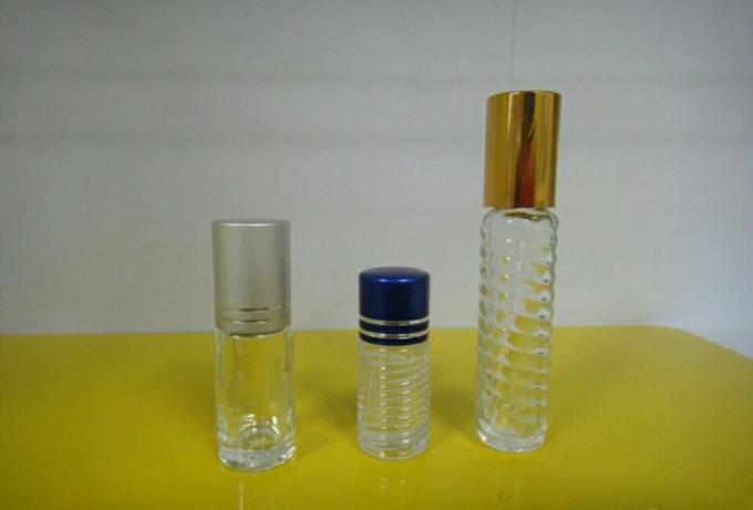 Etichettatrice orizzontale automatica per fiala piccola bottiglia rotonda per adesivo autoadesivo