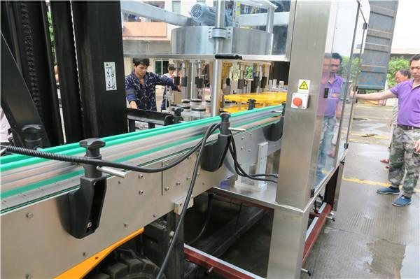 Touch screen rotatorio efficiente del PLC dell'attrezzatura dell'etichettatrice dell'autoadesivo della bottiglia