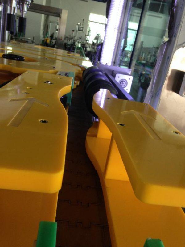 Etichettatrice per bottiglie di vino / birra ad alta produzione, etichettatrice per bottiglie rotonde