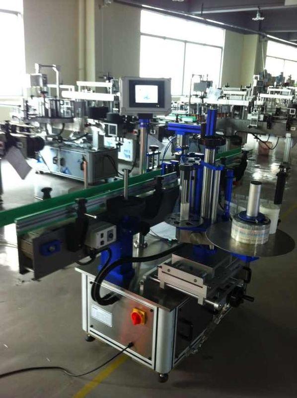 Applicatore automatico completo di etichette adesive, etichettatrice per bottiglie